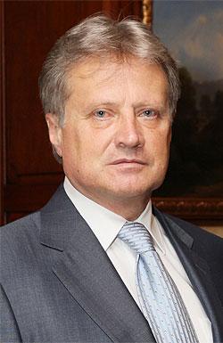 Сергей Батчиков