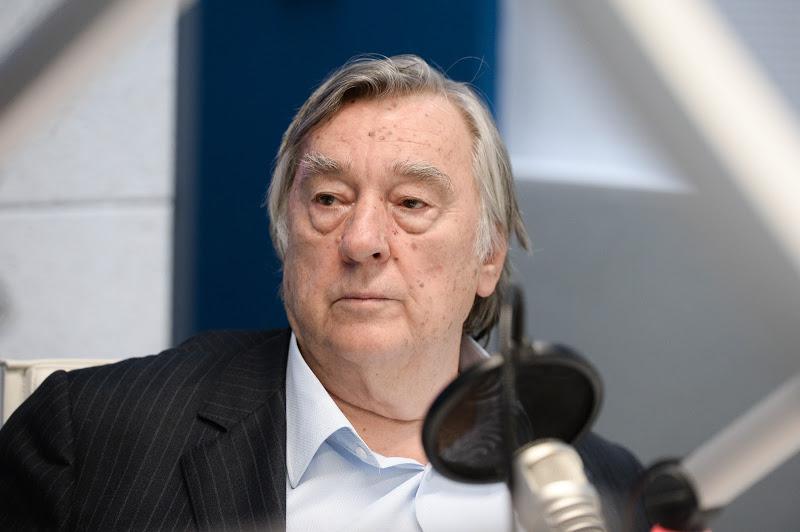 Александр Проханов: «Качает чёрт качели»