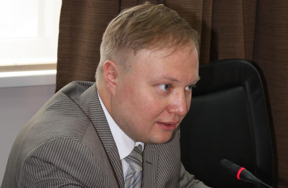 Виталий Аверьянов: Надо поднимать во весь рост мощный консервативный полюс