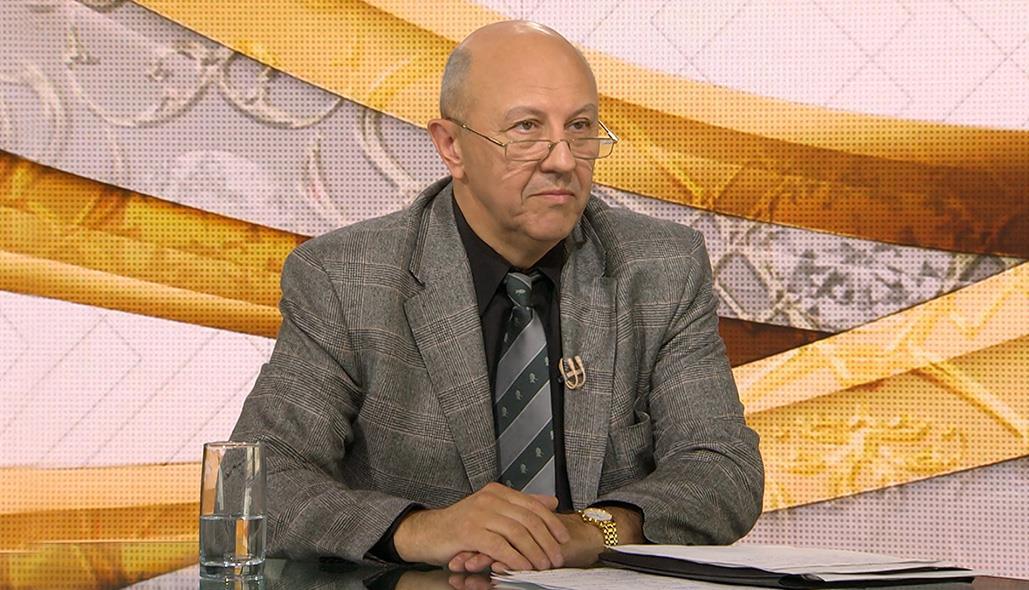 Андрей Фурсов: 23 февраля остается днем Красной армии