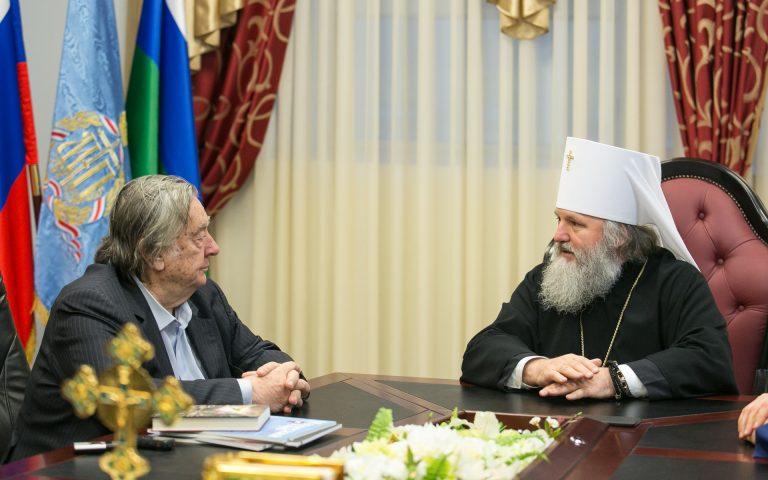Состоялась встреча митрополита Ханты-Мансийского и Сургутского Павла с Прохановым Александром Андреевичем и представителями Изборского клуба