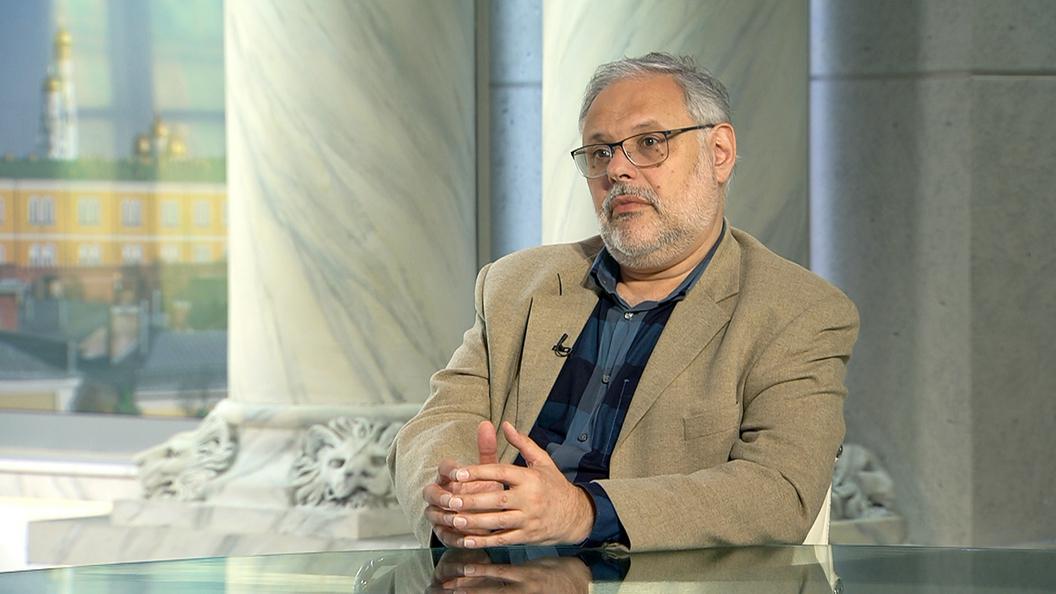 Михаил Хазин: Где наш орден меченосцев?